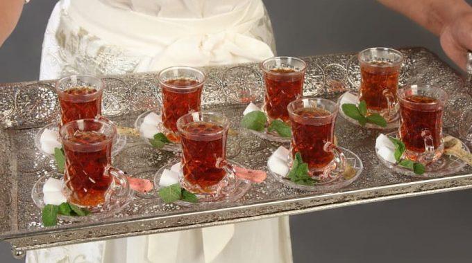 خدمة شاى وقهوة وعصير