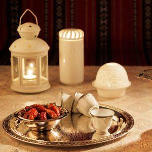 ايجار كراسي وطاولات الكويت | الاوائل في خدمات الضيافة